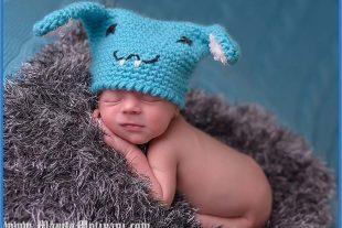 Buckteeth Bunny Baby Beanie Pattern