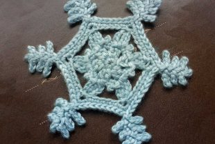 Eternal Snowflake Applique