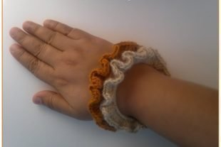 Frilly Stacking Crochet Bracelet Pattern