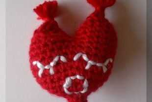 Mrs Heart Amigurumi Crochet Pattern