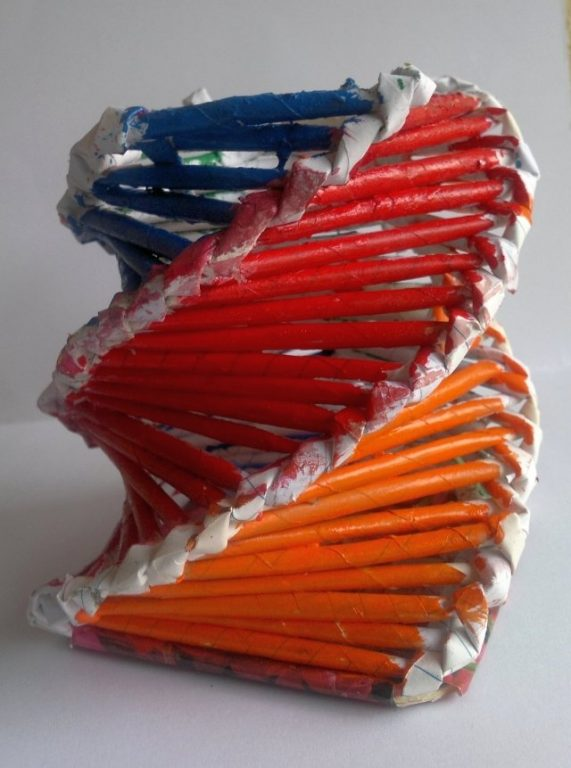 Paper Woven Colorful Pencil Stand