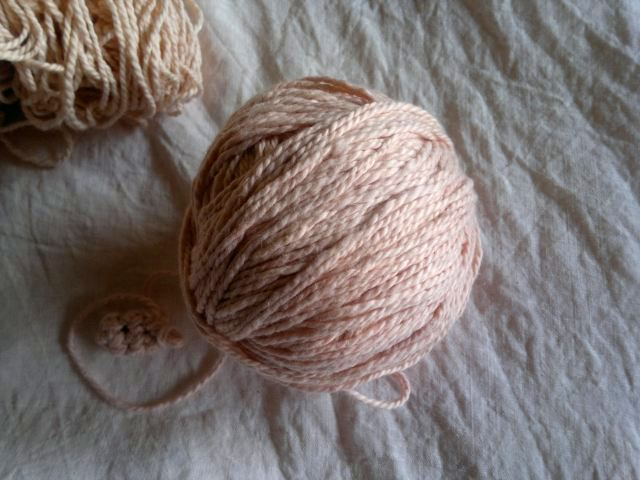 Yarn dyed with madder
